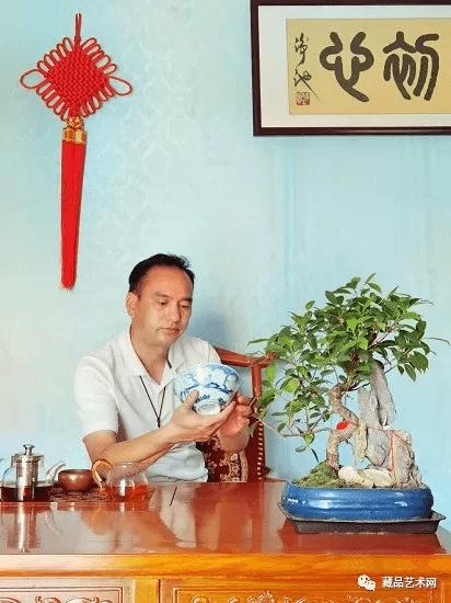 王万里——藏品艺术网收藏艺术委员会会员