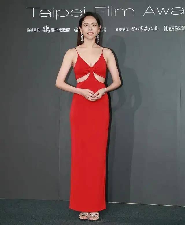图片[7]-林心如变脸认不出,人均又土又俗,台北电影节红毯,把我丑笑了-妖次元