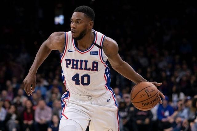 五年的NBA生涯罗宾逊辗转了多支球队直到本赛季他的职业生涯才略有起色。