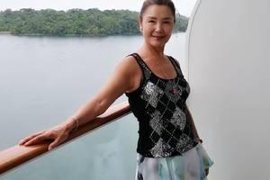 姜黎黎66歲還這麼漂亮,素顏幹黃焉癟起碼真實,比劉曉慶更優雅!