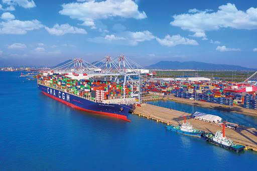 越南的贸易顺差额比预计高出3倍