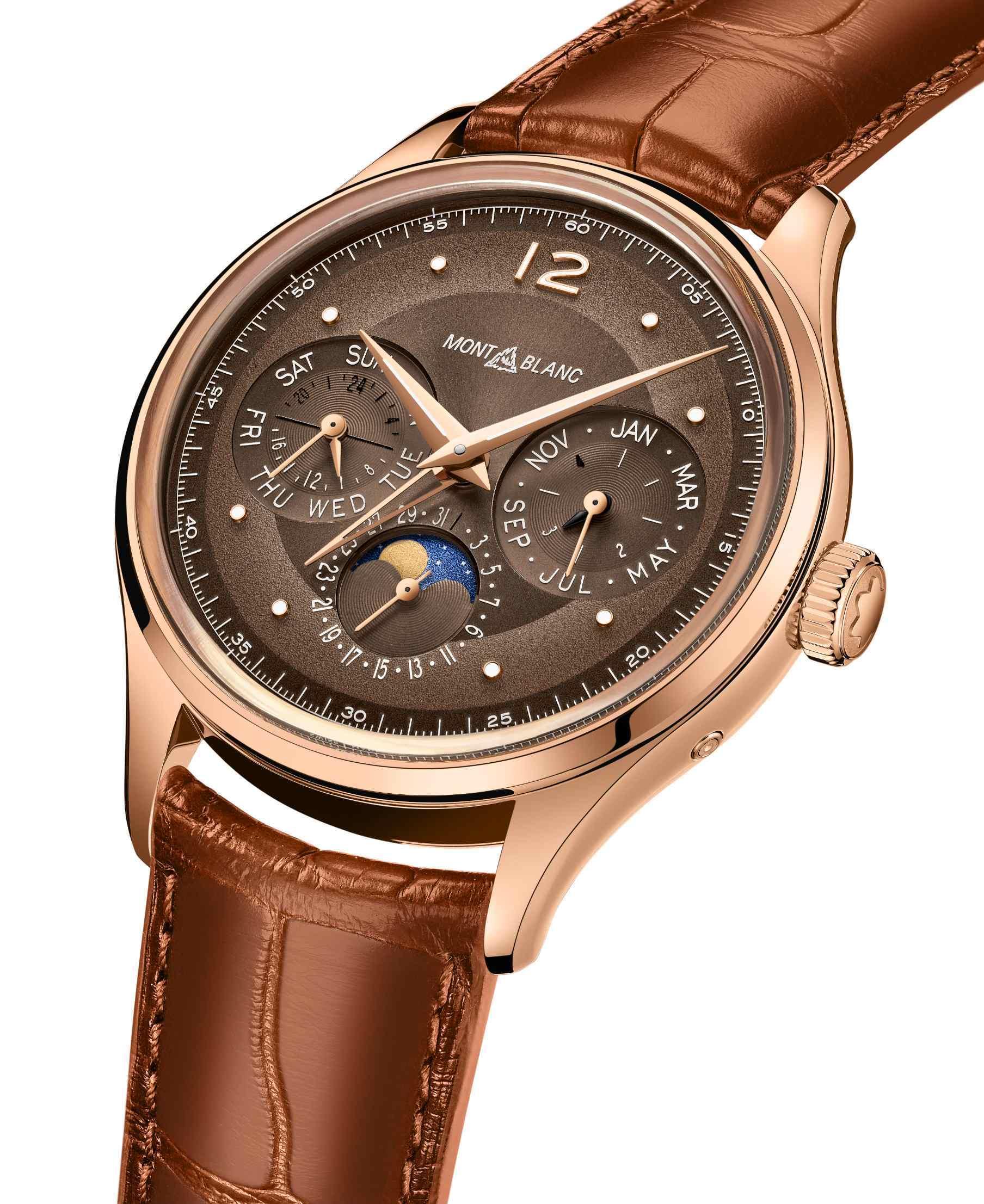 全新棕色设计灵感演绎万宝龙自制万年历腕表
