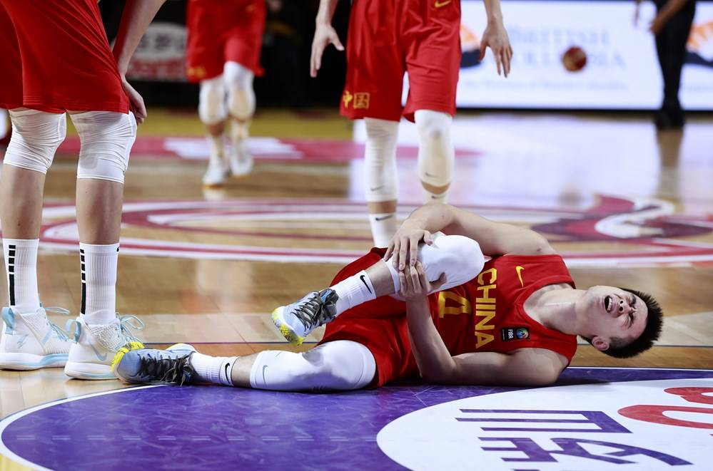 胡明轩:全场始末在与敌手拼 对阵希腊一点最关键
