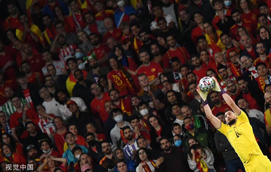 高接低挡!多纳鲁马屡次救险+扑点助意大利进决赛
