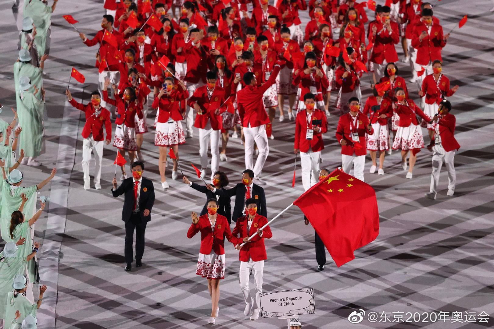 倾国倾城的容貌和一剑封喉的实力,都被中国奥运军团的美女帅哥们占了!976