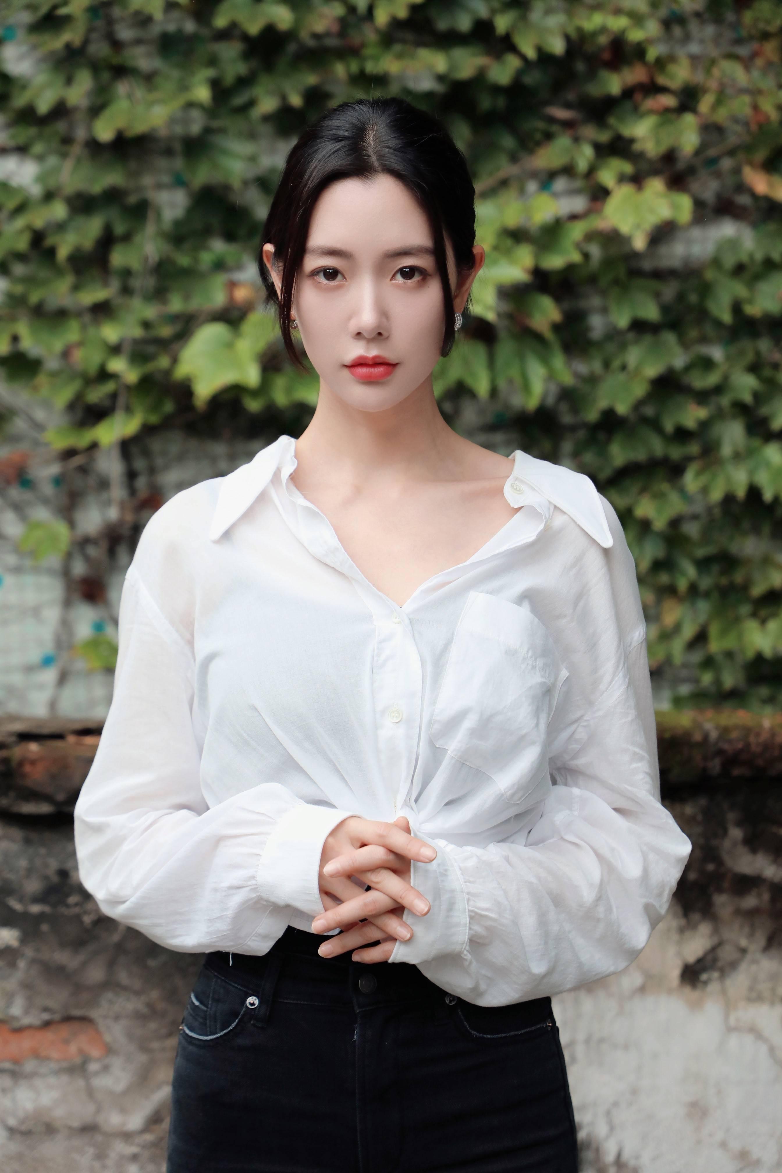 克拉拉新作品《深爱》七夕上映,独立洒脱实力诠释职场女性