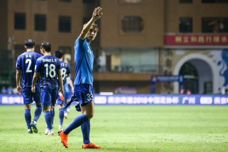 中国顶级联赛出场第一人汪嵩:现在足球的社会地位没以前高了 国际新闻 第1张