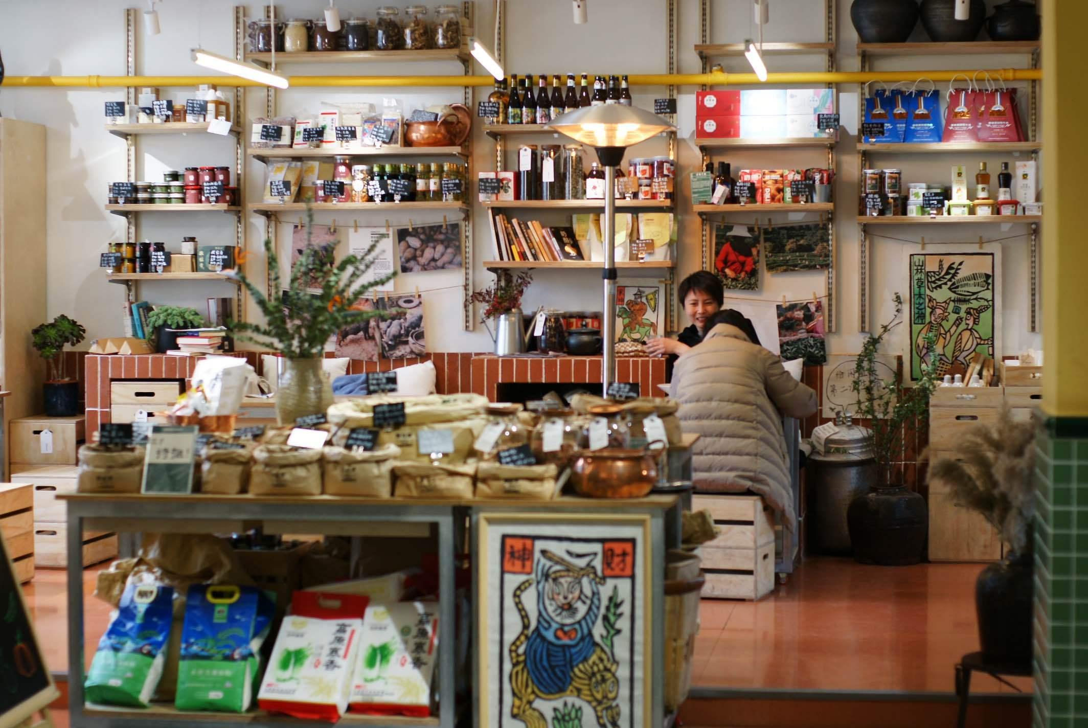 上海小店故事 在菜场里下馆子,是怎样的体验?