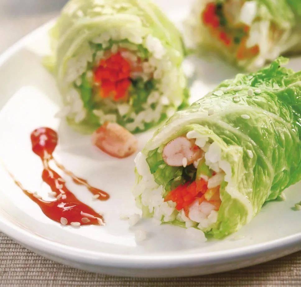 冬天的白菜别只会炖着吃,教你做一道宴客菜,造型好看,脆嫩爽口