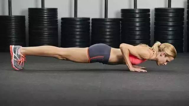 徒手健身的10种俯卧撑的正确做法