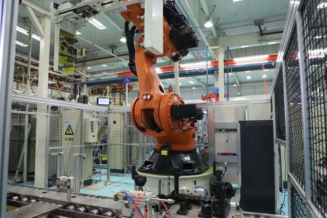 玉柴联合动力最大的机器人项目成功完成
