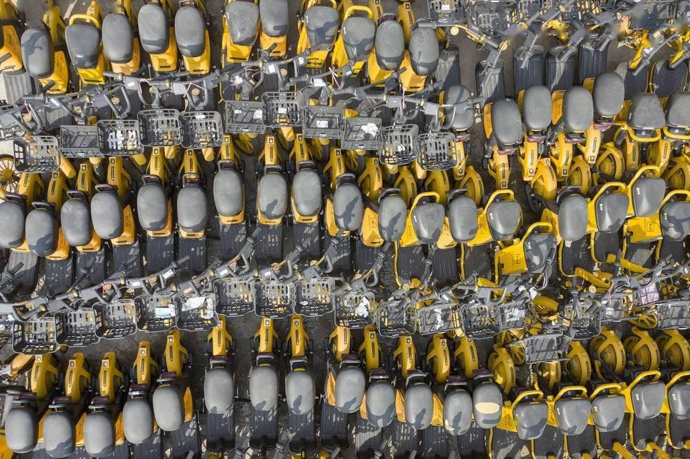"""被抛弃的40万辆""""僵尸车""""的照片 - 6"""