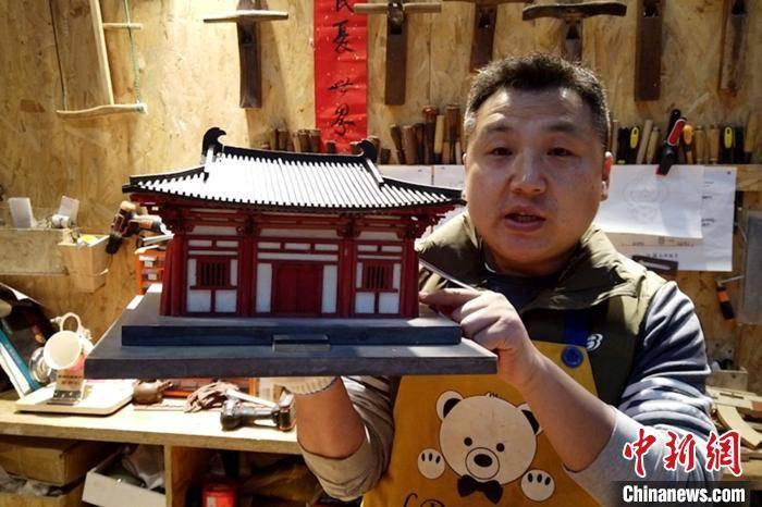 西安小伙制作百余组古建筑模型:让更多人了解古建筑魅力  第1张