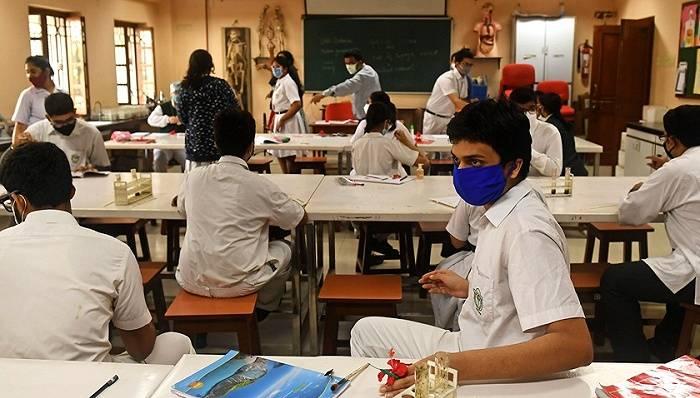 全球新冠新增确诊连降五周,印度疫情好转原因成谜