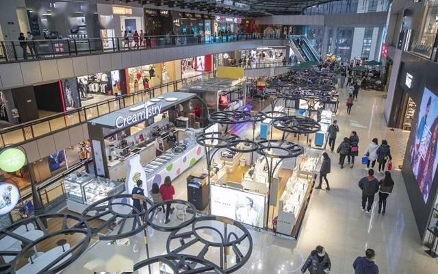 """这春节过得""""牛"""":京郊景区一房难求 上海重点商场销售增6倍"""