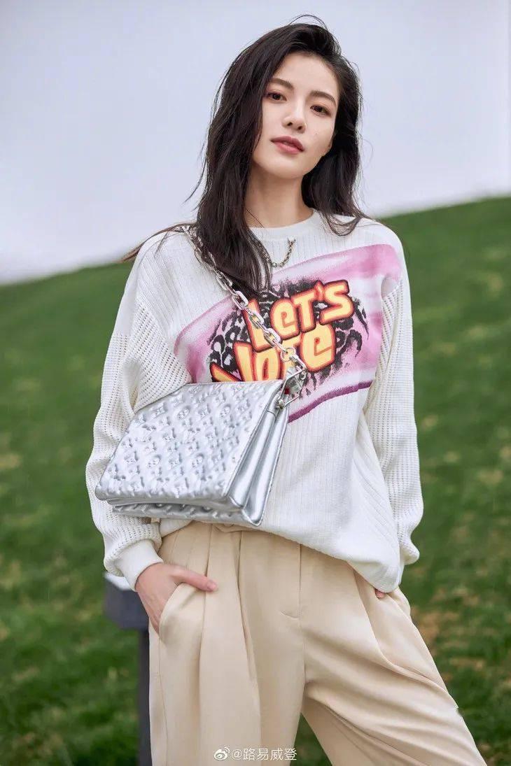 壹周潮话题 | Kendall公布恋情+卖酒,这是爱情事业双收的意思?