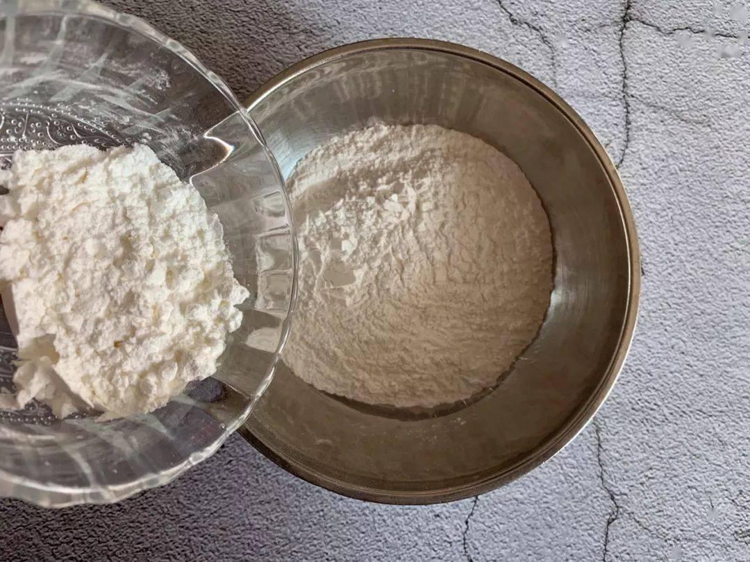 教你做豆沙糯米卷,简单几步上锅一蒸,一出锅就被抢光