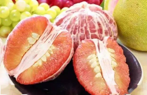 酸酸甜甜的柚子,没想到吃起来还有这一些好处!  第2张