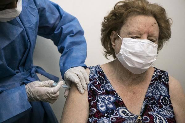 阿根廷派飞机接收中国新冠疫苗 预计25日运抵