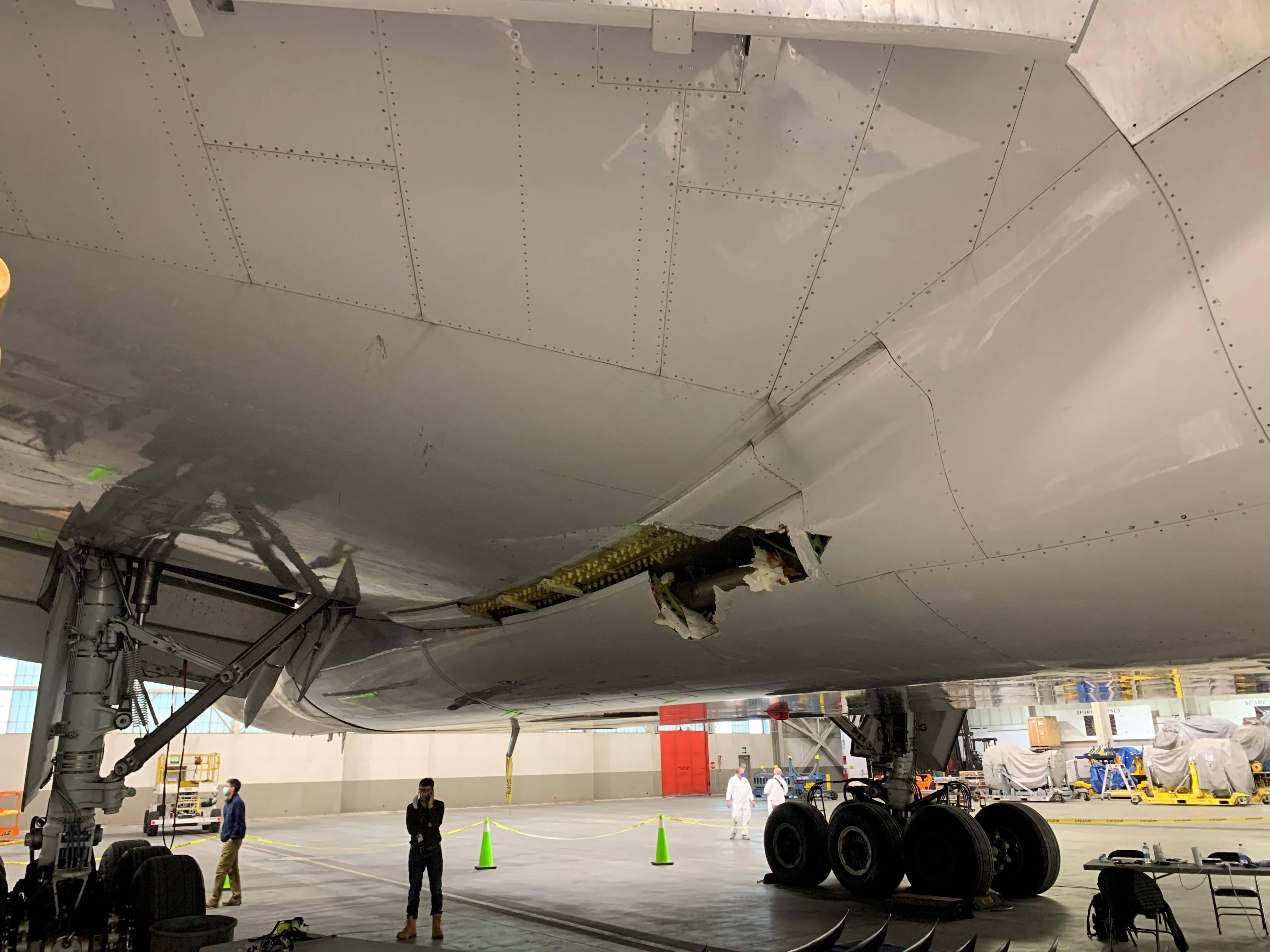 初步评估:美联航波音777飞机发动机故障与金属疲劳有关
