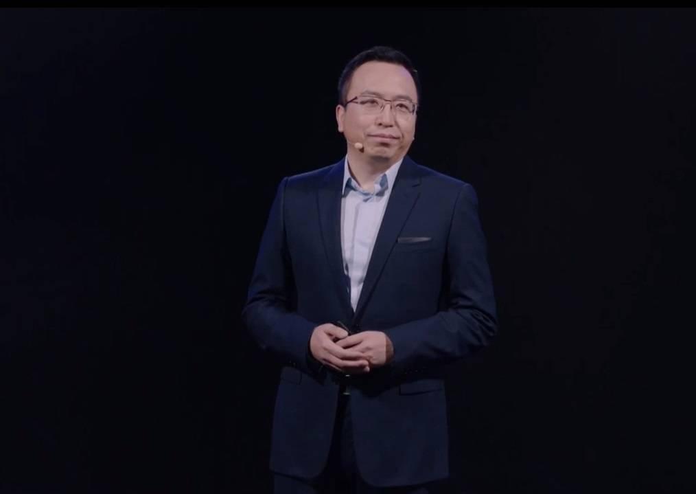 荣耀赵明:所有手机供不应求,一、二季度重点在于增加产能