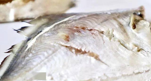巧用微波炉,3分钟就nb88新博注册能做出至鲜的清蒸鱼!