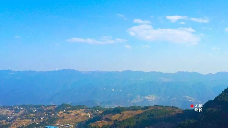"""在万州一个小山村拍到的,像""""世外桃源""""一样"""