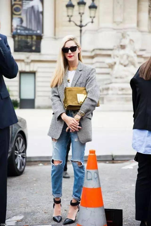 西装+牛仔裤=开春最火混搭套路,时髦炸了!