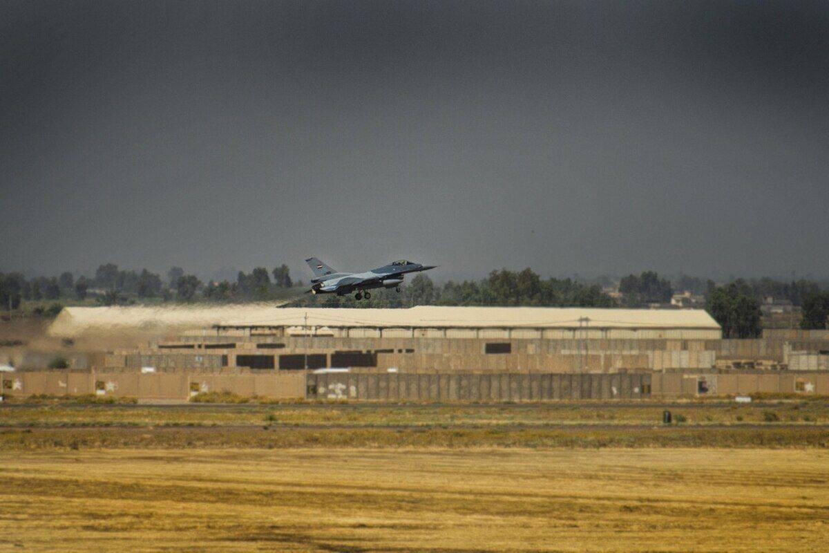 拜登政府与伊拉克首次战略对话即将举行,驻伊美军基地遭火箭弹袭击