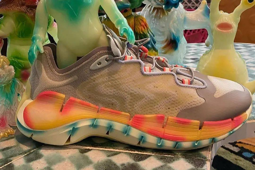 脑死亡 x Reebok新联名球鞋实物提前泄露 确认将限量发售! 爸爸 第4张