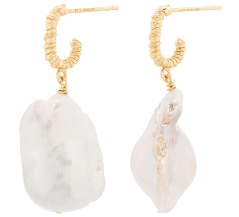 娜扎的珍珠耳环 真显富贵!