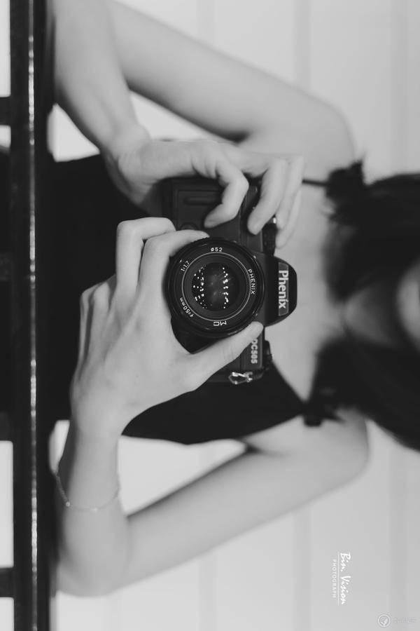 爱她 就给她拍喜欢的照片…