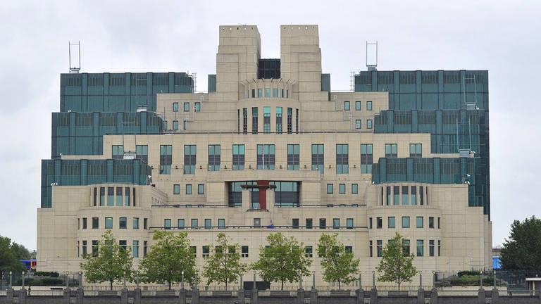 """试图抢占环保道德高地!英国军情六处局长自曝对中国搞 """"绿色间谍活动"""""""