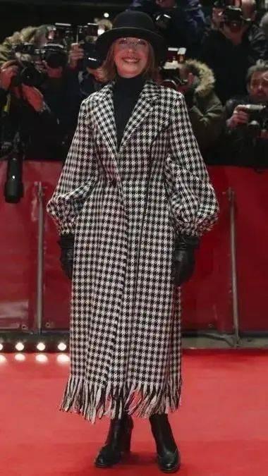 衣品||75岁还是最酷的女神 如何穿成戴安·基顿? 爸爸 第62张