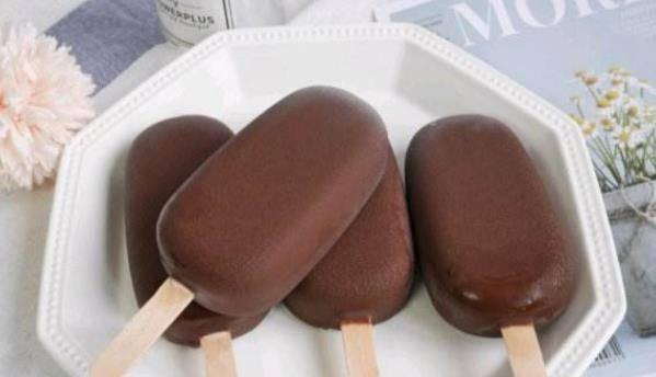 脆皮雪糕不用买!食材和做法教给你,酥脆香甜,绵软细腻,超简单
