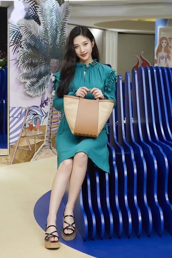 Red Velvet Joy,华丽的氛围加上压倒性的美貌