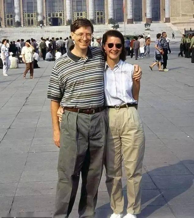 重磅突发!刚刚,全球顶级富豪比尔·盖茨宣布离婚!27年的婚姻关系结束