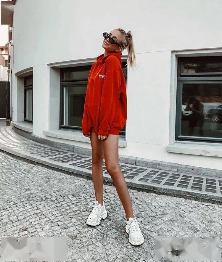 4-衬衫+阔腿裤,卫衣+半裙,春夏这样穿,显白又洋气 !