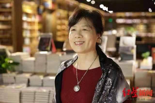 四川作家裘山山、罗伟章的小说入选《北京文学