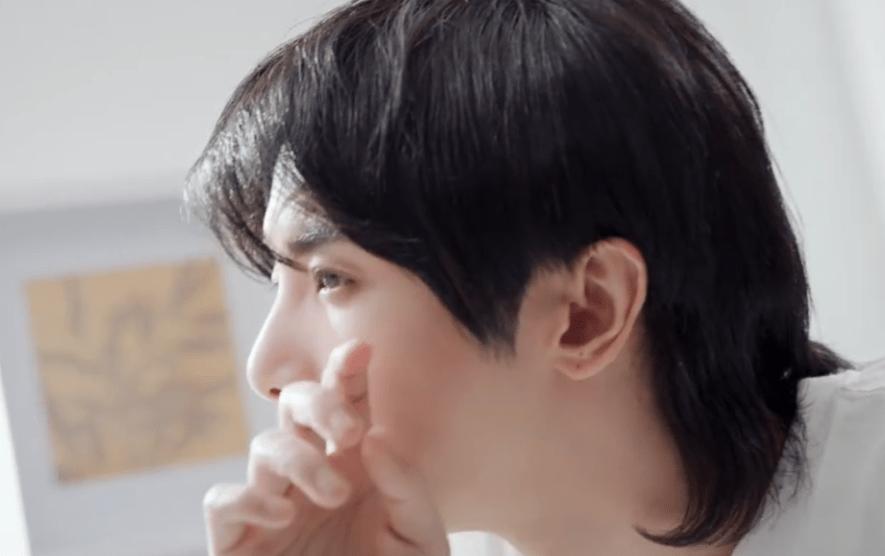 华晨宇养生堂全新广告公开 和花花一起感受温柔守护