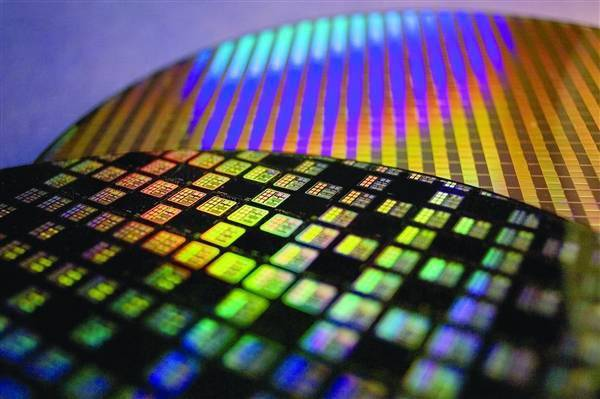 史上第一次!Intel将为高通代工芯片:直奔2大革命性工艺
