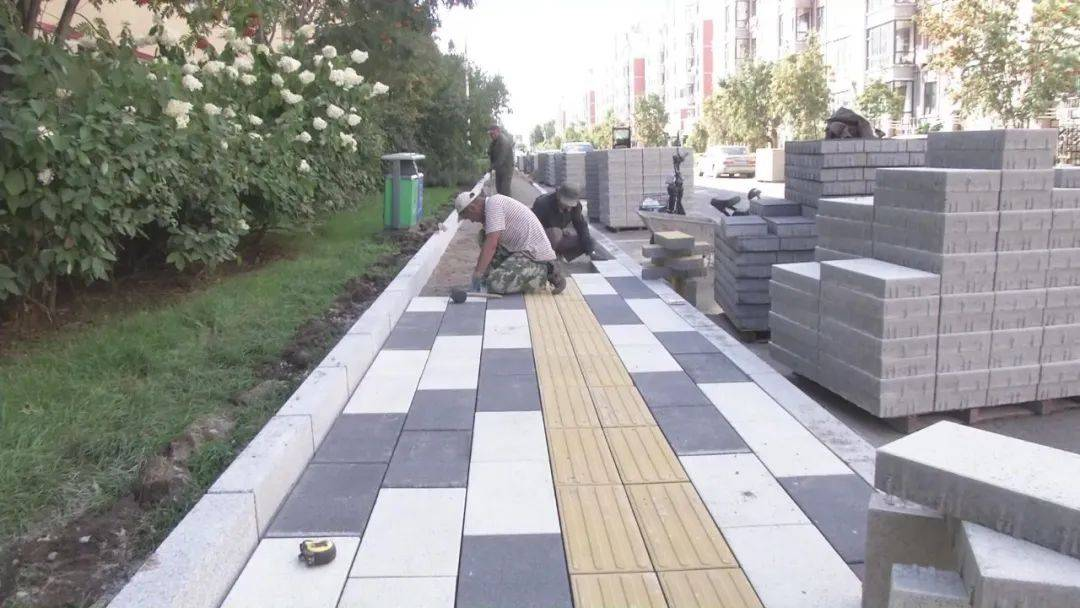 敦化市升级改造市区多处人行步道
