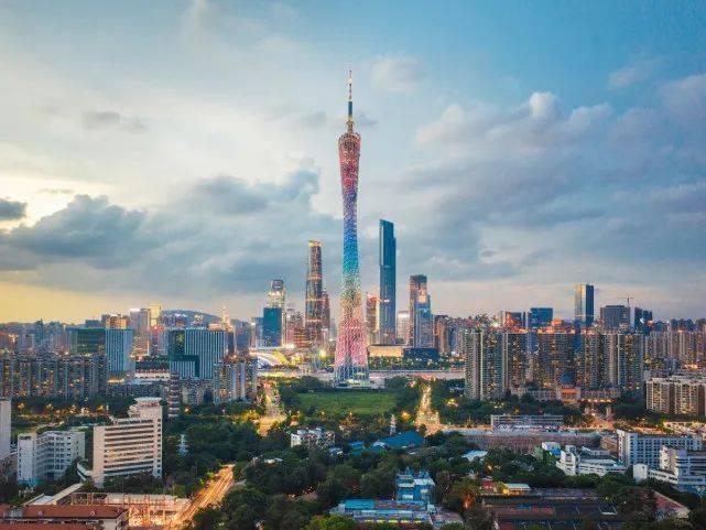 西安市流动人口数量_从十一人口流动看城市格局:成都、广州、西安、长沙出人